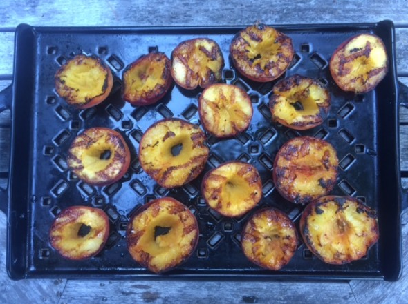 grilled-peaches-from-kaiser-aug-2017